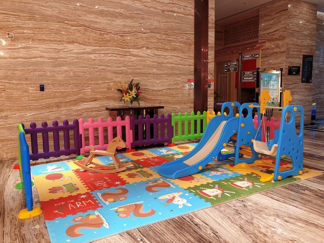 广州威珀斯酒店儿童玩乐区.jpg