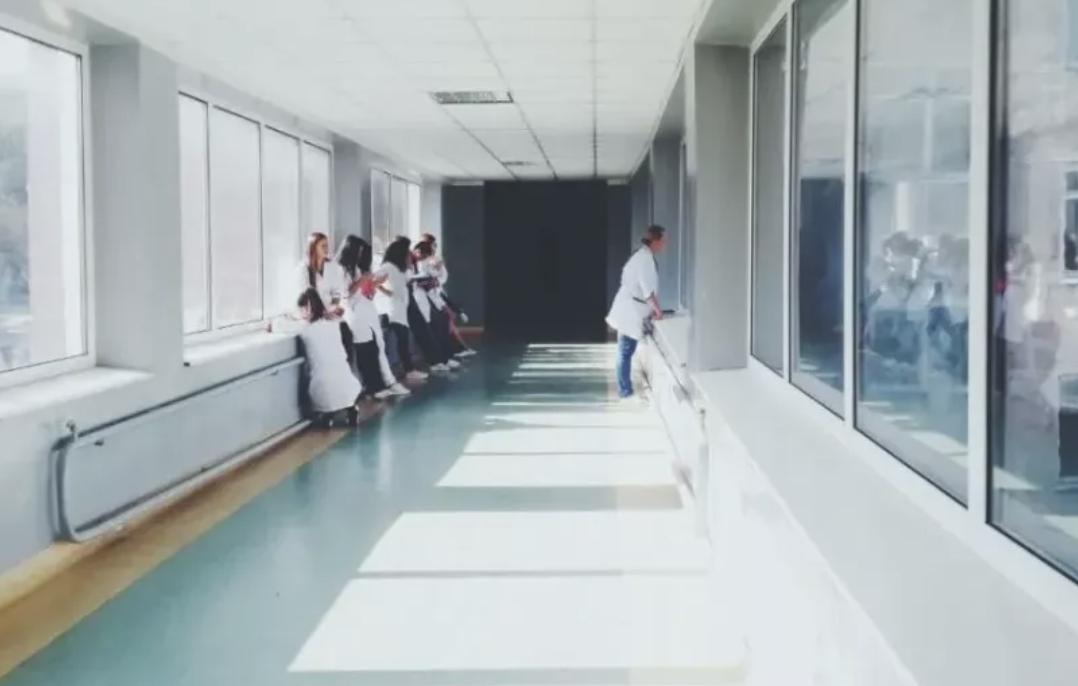曾在求生边缘的佛山禅医,如何涅槃为民营医院中的「黄埔军校」?