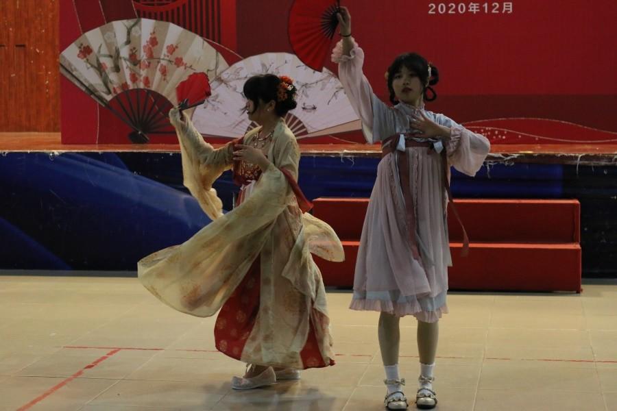 图三 汉元素舞蹈表演.JPG