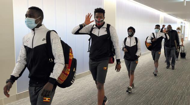 ウガンダの選手団.jpg