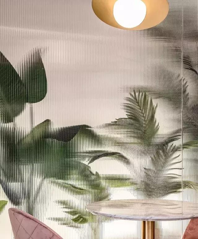 """『老网红』长虹玻璃:美而不贵,家里的""""高级滤镜"""""""