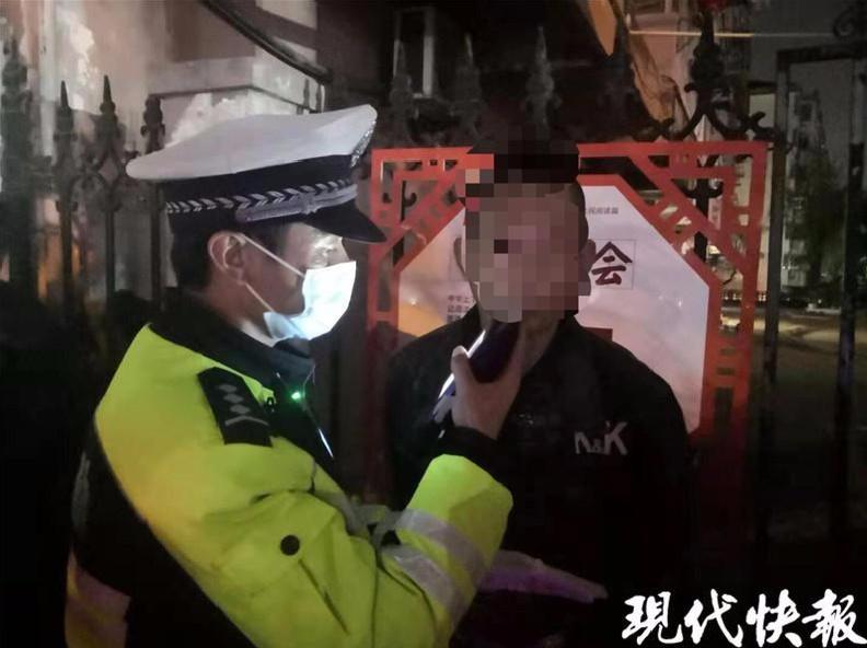 阜宁小青年报警称被3人殴打,自己反被拘留!